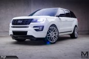 Black Top Ford Explorer on Niche Alpine-D Custom Wheels