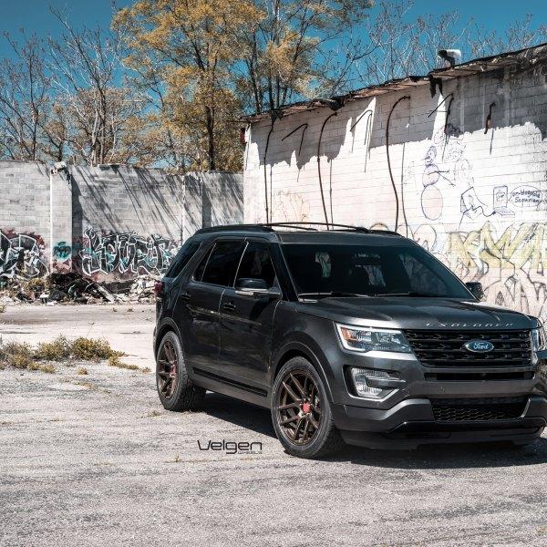 Ford Explorer Custom Wheels >> Custom 2017 Ford Explorer Images Mods Photos Upgrades Carid