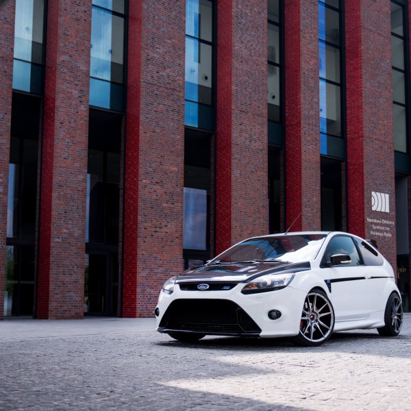 White Ford Focus with Carbon Fiber Vented Hood - Photo by JR Wheels