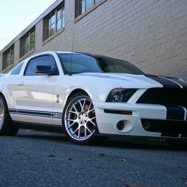 White Expedition With Black Rims >> Custom 2005 Ford Mustang | Images, Mods, Photos, Upgrades — CARiD.com Gallery