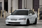 Great Contrast: White Honda Accord Sits on Matte Black Custom Rims