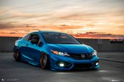 Exciting Makeover of Blue Honda Civic Si with Fashionable Accessories
