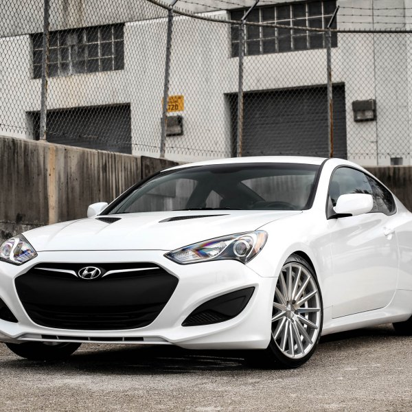 Hyundai Genesis Two Door: Custom Hyundai Genesis Coupe