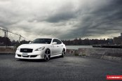 Luxury Visual Tweaks on Infiniti M37 Put on Vossen Rims