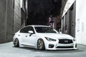 Daring Infiniti: Infiniti Q50 with Blacked Out Mesh Grille on