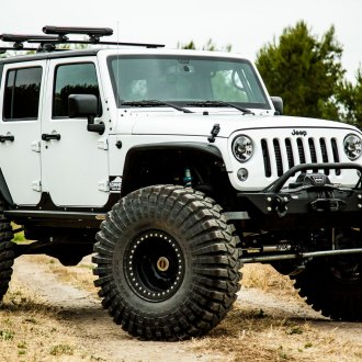 Jeeps Don't Get Better Prepared for Off-Roading Than this White Lifted Jeep Wrangler on Maxxis Tires