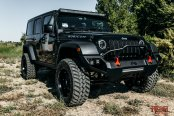 Fab Fours Redesigns Black Jeep Wrangler