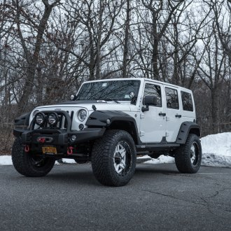 Stunning Look of Jeep Wrangler With Custom Fenders and Fuel Rims