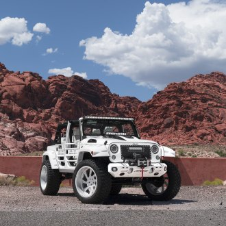 Rugged White: Jeep Wrangler Off- Road Ready