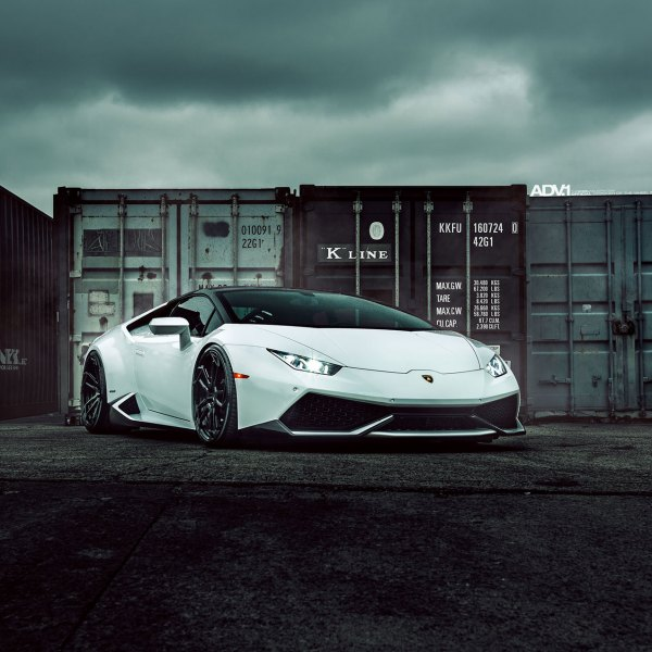 White Lamborghini Huracan With Crystal Clear Headlights   Photo By ADV.1