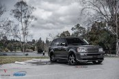 Stylish 24 Inch Vellano Wheels Adorning Gray Range Rover Sport
