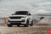 Royal Appearance of White Range Rover Accentuated with Custom Elements