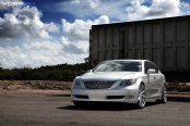 Machined Vossen Rims With Polished Lips on Silver Lexus LS460