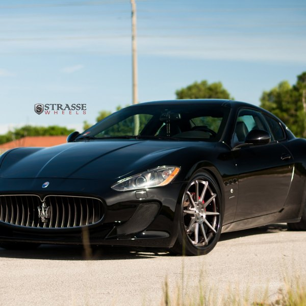 Custom Projector Headlights on Black Maserati Granturismo - Photo by Strasse Forged