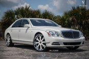 Royal Customized White Maybach Wearing Chrome