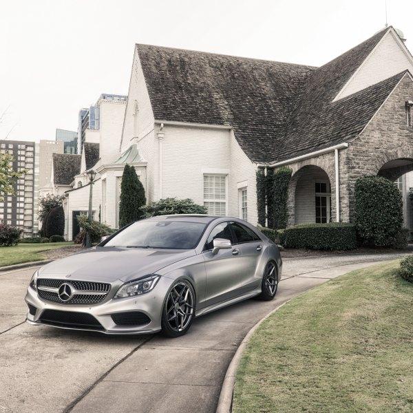 Custom Mercedes CLS Class | Images, Mods, Photos, Upgrades — CARiD