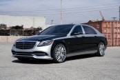 Amazing Contrast: Silver and Black Exterior Styling Detected on Mercedes S Class
