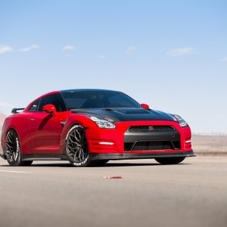 Carbon Fiber Vented Hood on Red Nissan GT-R - Photo by Vossen