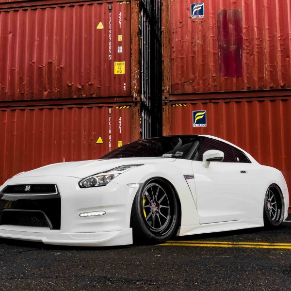 Custom Body Kit on White Stanced Nissan GT-R - Photo by Incurve Wheels