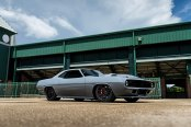 Neckbreaking Custom Gray Plymouth Barracuda