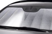 Intro-Tech� - Ultimate Reflector� Custom Folding Auto Shade