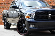 KMC® - SLIDE Gloss Black on Dodge Ram