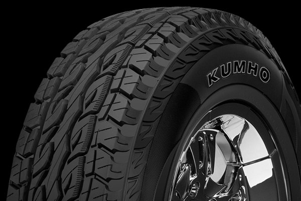 KUMHO® - ROAD VENTURE SAT Tire Protector Close-Up