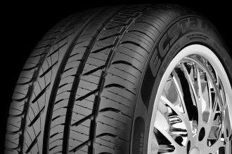 KUMHO TIRES® - ECSTA 4X KU22 Tire Protector Close-Up