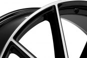 LEXANI® - CSS-10 Gloss Black with Machined Face Close-Up