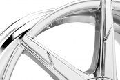 LEXANI® - CSS-7 Chrome with Covered Lugs Close-Up