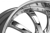 LEXANI® - LSS-10 Chrome with Covered Lugs Close-Up