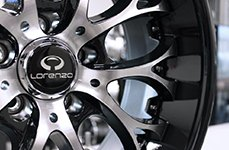 LORENZO® - WL27 Gloss Black with Machined Face on Car Close-Up