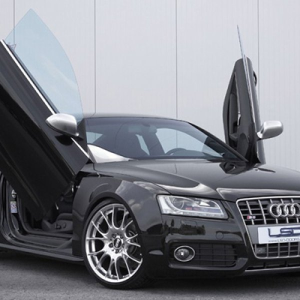 LSD-Doors® - Lambo Vertical Doors on Audi S5