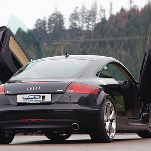 LSD-Doors® - Lambo Vertical Doors on Audi TT