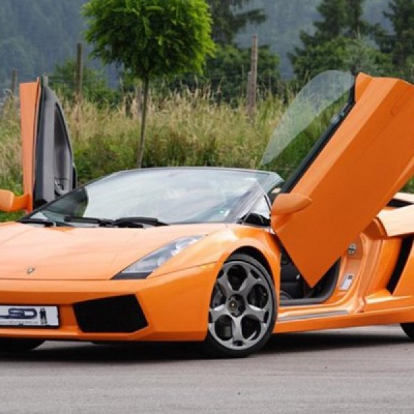 LSD-Doors® - Lambo Vertical Doors on Lamborgini Gallardo & LSD-Doors™ | Lambo-Style Door Kits - CARiD.com