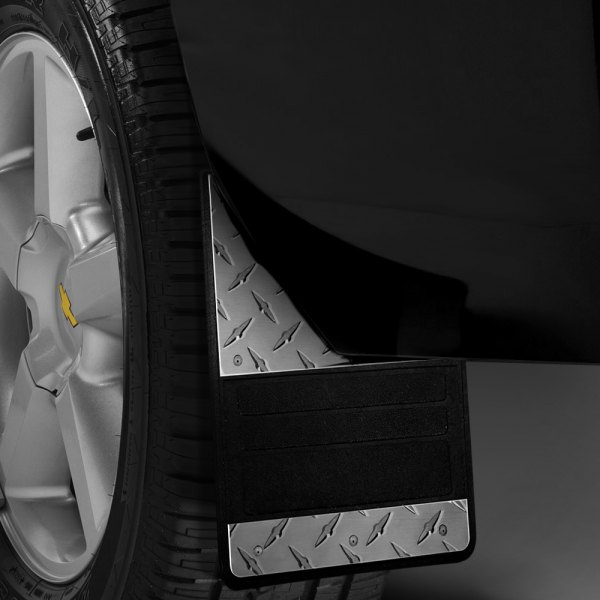 Image may not reflect your exact vehicle! Lund® - 935 Series Rear Rubber Mud Flaps with Diamond Plate