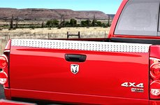 Lund® - Diamond Plate Running Boards