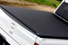 Lund® - Folding Tonneau Cover on Dodge