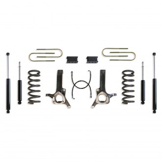 "MaxTrac Suspension® - 6"" x 2.5"" Max Pro Front and Rear Suspension Lift Kit"