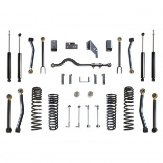 "MaxTrac Suspension® - 4.5"" x 4.5"" Front and Rear Suspension Lift Kit"