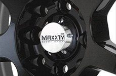 MAXXIM® - KNIGHT Gloss Black with Machined Lip on Car