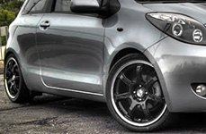 MAXXIM® - KNIGHT Gloss Black with Machined Lip on Toyota Yaris