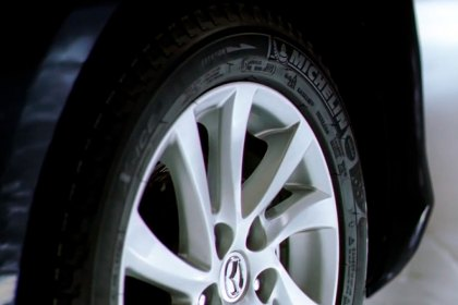 MICHELIN® Michelin X Ice Xi3 Winter Tire Performance Why Choose Michelin Tires (HD)