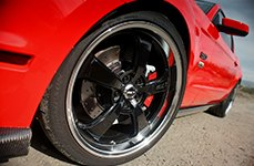 MICKEY THOMPSON® - SC-5 Wheels with Mirror Machined Lip on Ford Mustang