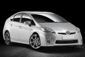 MOMO® - NEXT Anthracite with Machined Face on Toyota Prius