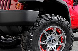 MOTO METAL® - MO961 Chrome with Red Insert Rim on Jeep Wrangler