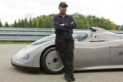 Designer of Oldsmobile Aerotech Finally Drives His Brainchild
