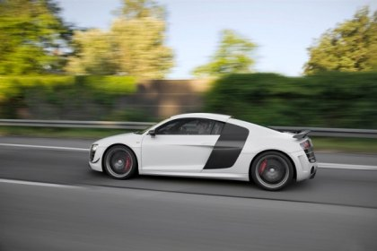 Top Speed Names Audi R8 2010 Coupe of the Year