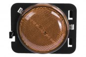 Omix-Ada® - Driver Side Replacement Side Marker Light, Amber
