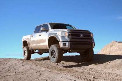 PRO COMP® XTREME MT2 On Toyota Tundra (Full HD)